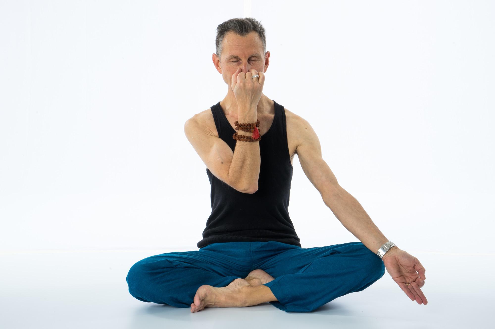Meditation.Sukhasana.Peter